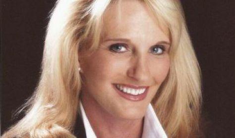Lori Loftus